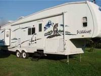 2007 Forest River Wildcat This 5th wheel is self