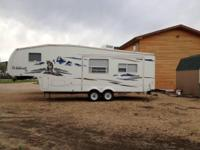 2007 Forest River Wildcat M-28. 2007 5th wheel trailer