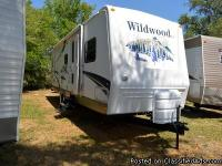 Come check out this 2007 Forest River, Wildwood Travel