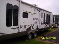 2007 Forrest River Sierra Travel Trailer This is a 30