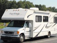 Four Winds- yr 2007- Model 31P- Miles 32,816- one slide