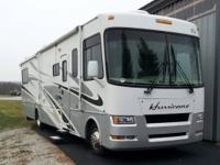 2007 Four Winds Hurricane M-34S. This RV motorhome is
