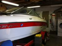 2007 Four Winns 180 Horizon. Like new very low hours.