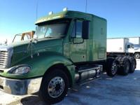 2007 FREIGHTLINER CL120, 650,000 miles, Exterior: