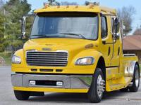 THIS BEAUTIFUL 2007 FREIGHTLINER SPORT CHASSIS TURNS
