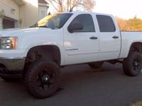 **LOWERED PRICE** BEAUTIFUL LIFTED TRUCK! DRIVES AND