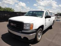 New Arrival! POPULAR COLOR COMBO! This 2007 GMC Sierra
