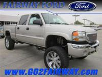 SHARP LOOKING LIFTED DURAMAX DIESEL, TOW ALL YOUR TOYS