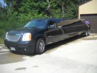 2007 Yukon Tandem Axle Limo      This vehicle is
