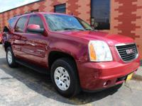 Sturdy and dependable, this Used 2007 GMC Yukon SLE-2