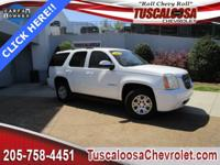 This 2007 GMC Yukon SLT in Summit White features: