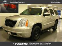 This 2007 GMC Yukon 4dr 2WD 4dr 1500 SLE SUV features a