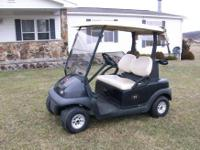 2007 Club Car Precedent Golf Cart, this cart has a