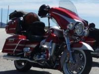 Selling 2007 Harley Davidson CVO , ACCIDENT DAMAGED ,