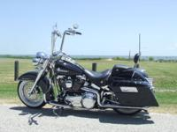 Up for sale is my 2007 Harley Davidson Deluxe. 96 ci, 6