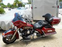 2007 Harley Davidson Electra Glide Classic FLHTC. Fire