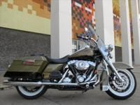 You are looking at a 2007 Harley-Davidson Road King