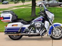 2007 HARLEY DAVIDSON ULTRA CLASSICGOLD PEARL AND COBALT