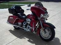 2007 Harley Davidson Ultra Classic CVO This touring