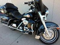 (507) 396-6031 ext.60 FLHTCUIVery clean extra chrome