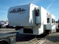 2007 HEARTLAND CYCLONE 3795 TOYHAULER FTH WHEEL IN
