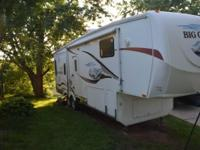 2007 Heartland Big Country 5th Wheel . This 2007