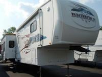 2007 Heartland Bighorn 3600RL -- 38' long (fully