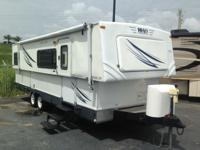 Pre-Owned 2007 Hi-Lo Trailer TowLite 27T Travel
