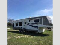 Presidential Holiday Rambler--2007 5th Wheel 39 foot
