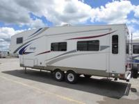 2007 Holiday Rambler Savoy 28 RLS ** 200598 **. * Rear