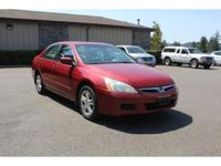 Recent Arrival! **Carfax, No Accidents** Moon Roof,