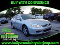 CLEAN CARFAX, SUNROOF, POWER GROUP, KEYLESS ENTRY, and