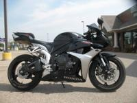 2007 Honda CBR600RR in Black 5,781 miles Stand out in