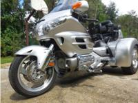 2007 Honda Gold Wing 1800, This beautiful silver
