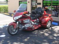 2007 HONDA GL18 GOLDWING; AUDIO/COMFORT/NAV; 6 CYL