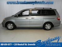 4-Wheel Disc Brakes, 6 Speakers, ABS brakes, Air