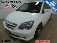 Front Wheel Drive!! This 2007 Honda Odyssey Touring