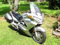 Compact, powerful 1261cc DOHC 90 V-4 engine with an