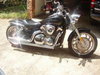 2007 Honda VTX 1300 C Cruiser that is in good