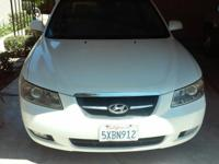 Good Running car has ac,leather seats,sunroof,3.3L V-6
