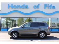 PREMIUM & KEY FEATURES ON THIS 2007 Hyundai Santa Fe