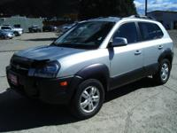 Options Included: N/AThis is a very clean 4wd Tucson