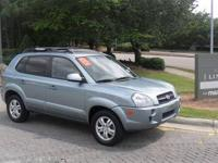 This 2007 Hyundai Tucson Limited Truck features a 2.7L