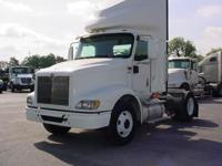 2007 International 9200 2007 INT 9200 4x2 Conventional