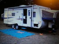 Great Trailer, a 2007 Jayco lite weight trailer, pulls
