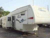 2007 Jayco Eagle 341RLQS 37' 4 Slide 5th Wheel Large