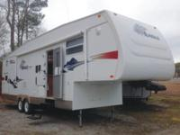 The pre-enjoyed 2007 Jayco Eagle Fifth Wheel Model
