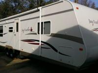Year: 2007 Sleeping Capacity: 6Make: Jayco Vehicle