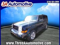 Exterior Color: black clearcoat, Body: SUV 4X4, Engine: