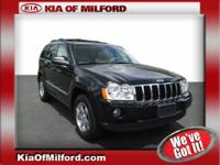 This 2007 Jeep Grand Cherokee Limited is offered to you